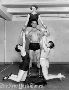 old school bodyweight master Charles Atlas
