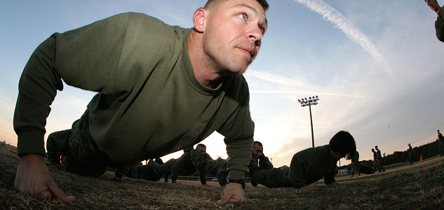 How To Achieve 100 Pushups In A Row (Step-by-Step Plan)