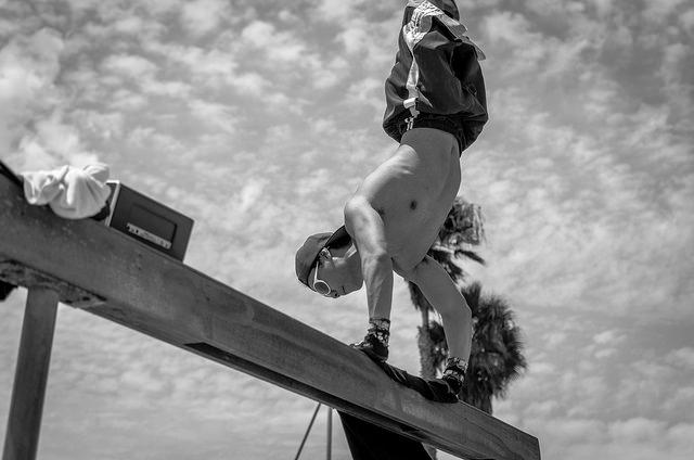 bodyweight workout plans handstand