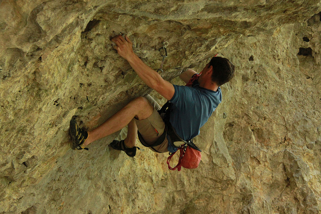 bouldering climbing exercise