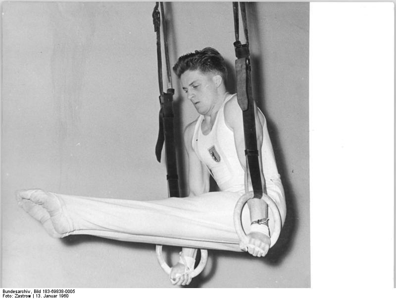 Zentralbild Zastrow 13.1.1960 Spitzensportler der DDR im Turnen UBz: Fest (Lokomotive Leipzig).